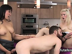 Strapon, Squirt, Black squirt, Nuvid.com